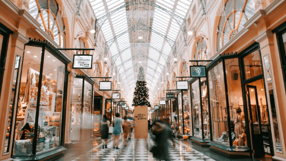 Tips for Increasing Store Sales During the Holidays